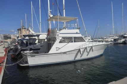 Viking 40 Fly for sale in Spain for €55,000 (£48,533)