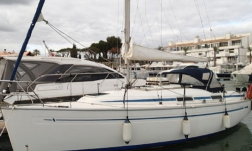 Image of Bavaria Yachts 31 for sale in Portugal for €42,000 (£36,974) Portugal