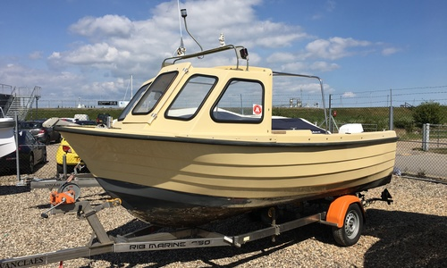 Image of Alaska 500 for sale in United Kingdom for £3,950 Boats.co. HQ, Essex Marina, United Kingdom