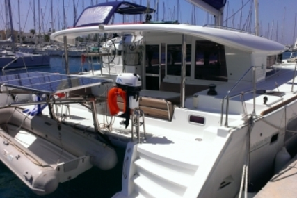 Lagoon 400 for sale in Greece for €220,000 (£196,250)