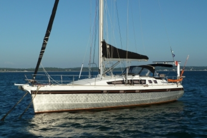 Alubat Ovni 445 for sale in France for €310,000 (£271,026)