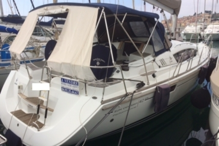 Jeanneau Sun Odyssey 42 DS for sale in France for €120,000 (£107,053)