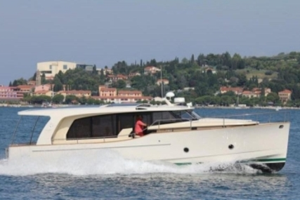 GREENLINE 40 for sale in Malta for €255,000 (£227,488)