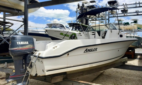 Image of Angler 2100 Walkaround for sale in United States of America for $12,500 (£8,976) Key Biscayne, Florida, United States of America