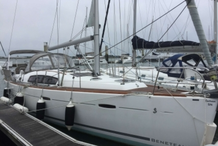 Beneteau Oceanis 40 for sale in France for €115,000 (£101,231)