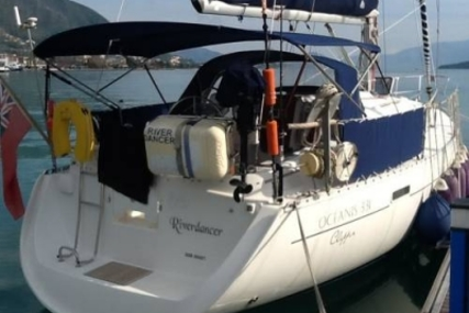 Beneteau Oceanis 331 Clipper for sale in Greece for £35,950