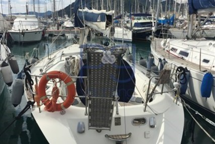 Beneteau First 38s5 for sale in Italy for €34,000 (£30,385)