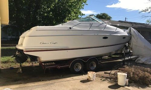 Image of Chris-Craft 252 Crowne for sale in United States of America for $12,500 (£8,976) Louisville, Kentucky, United States of America