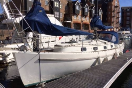 Freedom 35 for sale in United Kingdom for £33,000