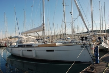 Beneteau Oceanis 45 for sale in France for €190,000 (£169,463)