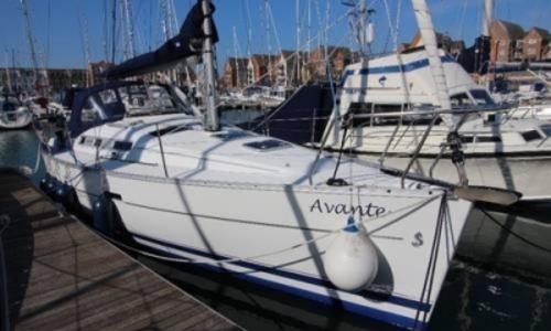 Image of Beneteau Oceanis 323 Clipper for sale in United Kingdom for £44,950 EASTBOURNE, United Kingdom