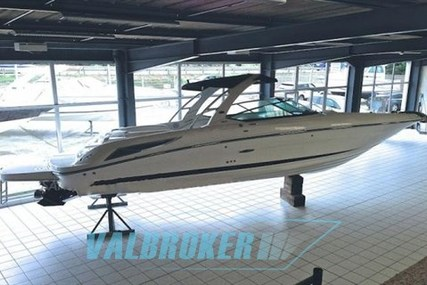 Sea Ray 300 SLX for sale in France for €92,000 (£82,217)