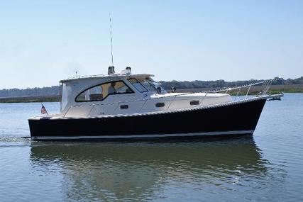 Mainship 34 Pilot Sedan-hardtop for sale in United States of America for $149,900 (£113,440)