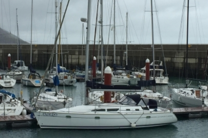 Jeanneau Sun Odyssey 37 for sale in Ireland for €55,000 (£48,563)