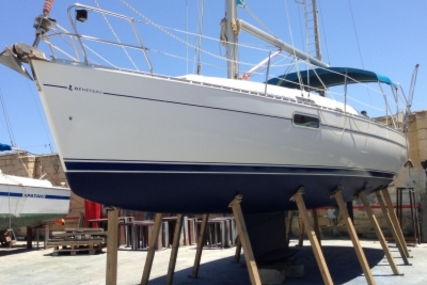 Beneteau Oceanis 321 for sale in Malta for €49,500 (£44,156)