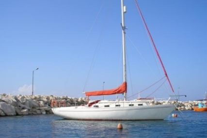 ELIZABETHAN 33 for sale in Greece for £10,000