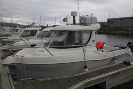 Quicksilver 640 Pilothouse for sale in Portugal for €22,500 (£19,806)
