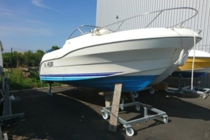 Quicksilver 590 Cruiser for sale in France for €9,500 (£8,485)