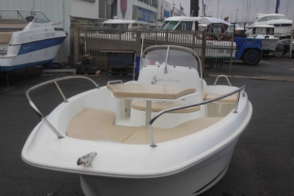 Beneteau Flyer 500 Open for sale in France for €9,900 (£8,735)