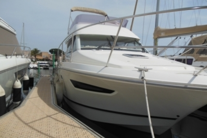 Jeanneau Merry Fisher 10 for sale in France for €81,000 (£71,775)