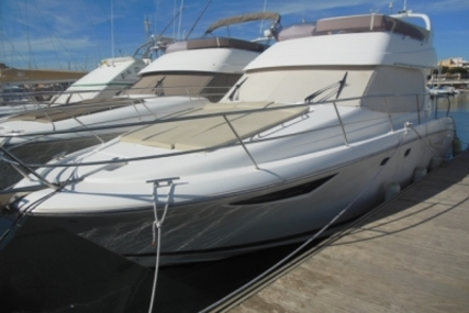 Prestige 39 for sale in France for €178,000 (£158,257)