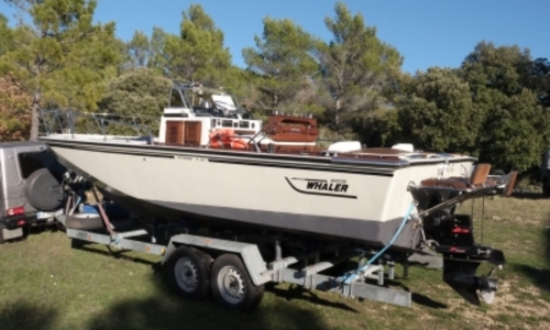 Image of Boston Whaler 23 Outrage for sale in France for €25,000 (£22,133) COGOLIN, France