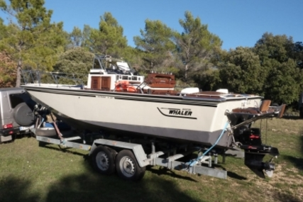 Boston Whaler 23 Outrage for sale in France for €25,000 (£22,112)