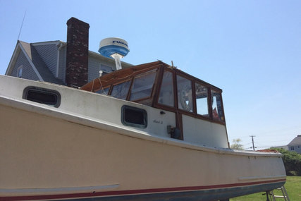 Holland 32 for sale in United States of America for $39,900 (£28,257)