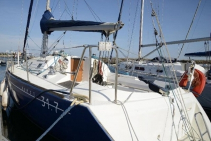 Beneteau First 31.7 for sale in Portugal for €45,000 (£39,733)
