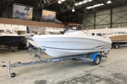Jeanneau Cap Camarat 5.5 CC for sale in France for €19,900 (£17,184)