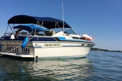 Wellcraft 3200 St. Tropez for sale in United States of America for $15,500 (£11,671)