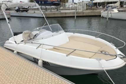 Beneteau Flyer 550 Sundeck for sale in France for €11,000 (£9,729)