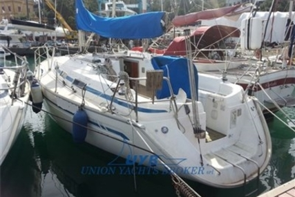 Bavaria 34 for sale in Italy for €42,000 (£37,496)