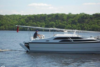 Macgregor 26M for sale in United States of America for $19,500 (£14,682)