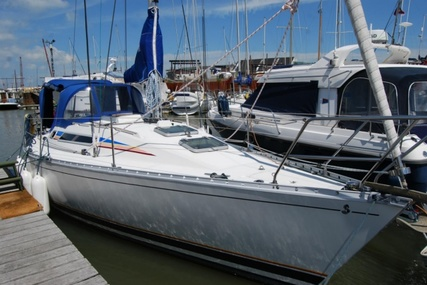 Beneteau First 325 for sale in United Kingdom for £29,750