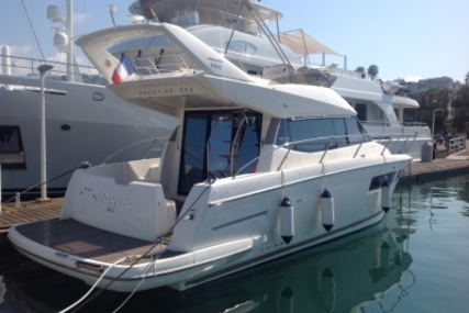 Prestige 350 for sale in France for €185,000 (£165,028)