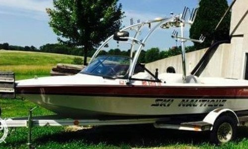 Image of Correct Craft Ski Nautique 196 Signature Edition for sale in United States of America for $12,999 (£9,793) Edwardsville, Kansas, United States of America