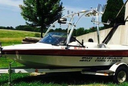 Correct Craft Ski Nautique 196 Signature Edition for sale in United States of America for $12,999 (£9,456)