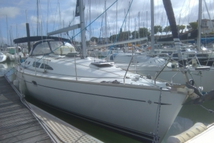 Jeanneau Sun Odyssey 37 for sale in France for €66,000 (£58,236)