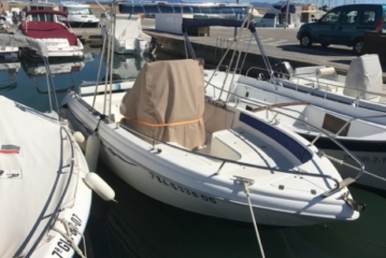 Lamberti 20.50 YAMA for sale in Spain for €7,900 (£7,053)