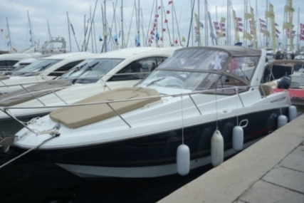 Jeanneau Leader 8 for sale in France for €61,000 (£53,576)