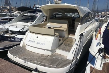 Prestige 42 S for sale in France for €185,000 (£164,393)
