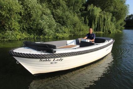 Corsiva 570 for sale in Poland for £13,950