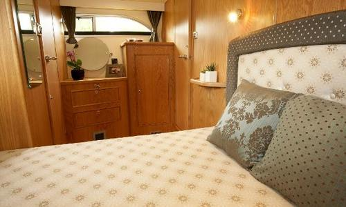 Image of Haines 320 Aft Cabin for sale in United Kingdom for £203,400 Wargrave, United Kingdom