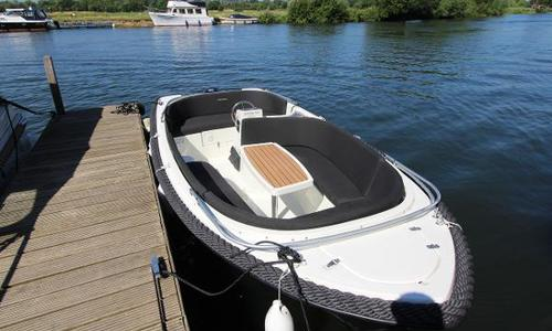 Image of Corsiva 520 for sale in Poland for £11,795 Poland