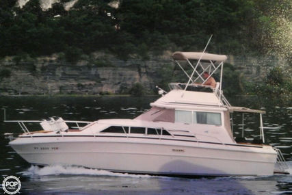 Sea Ray 300 Sedan Bridge for sale in United States of America for $16,000 (£12,755)
