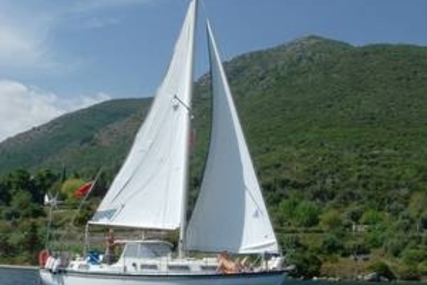 Meridian 31 for sale in Greece for €25,000 (£22,303)