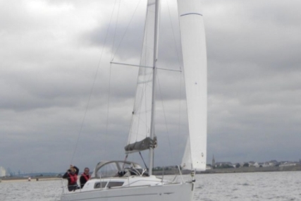 Jeanneau Sun Odyssey 30 I Lifting Keel for sale in France for €54,900 (£48,112)
