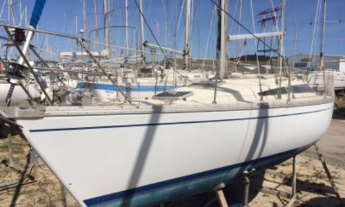Image of Jeanneau Sun Rise 34 for sale in France for €24,000 (£21,063) MARTIGUES, France