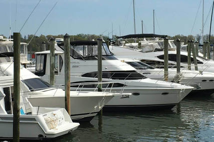 Carver 444 for sale in United States of America for $198,000 (£150,182)
